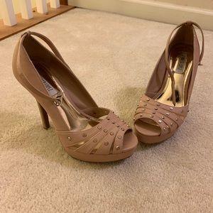 Jennifer Lopez light pink heels. Size 9